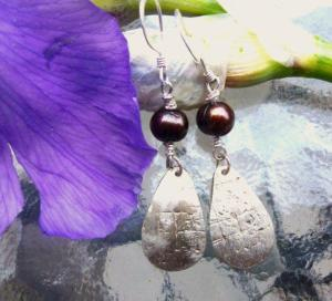 Fresh Water Pearl Drop Earrings 15.00  www.etsy.com/shop/sisylala